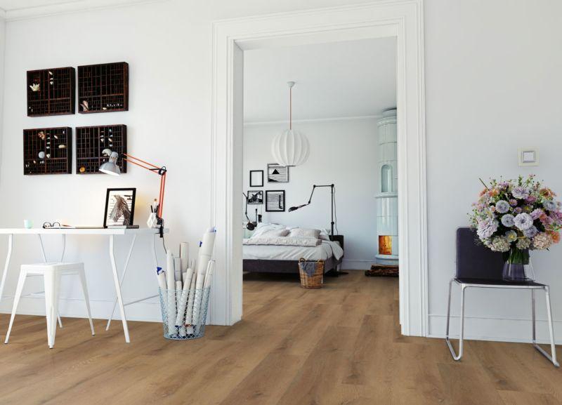 Skaben Design Rhino Click 30 XL Prestige Eiche Honig Real Feel Landhausdiele XL M4V Trittschallmatte Schlafzimmer