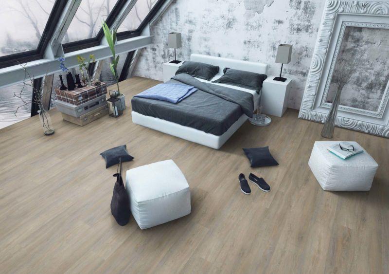 Skaben Design Rhino Click 30 XL Infinity Eiche Natur Real Feel Landhausdiele XL M4V Trittschallmatte Raum3