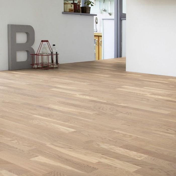 Tarkett Parquet Shade Robust oak white 3-strip block floor